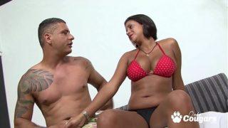 Milf Mulata de Brasil Quiere ser Famosa en el Porno